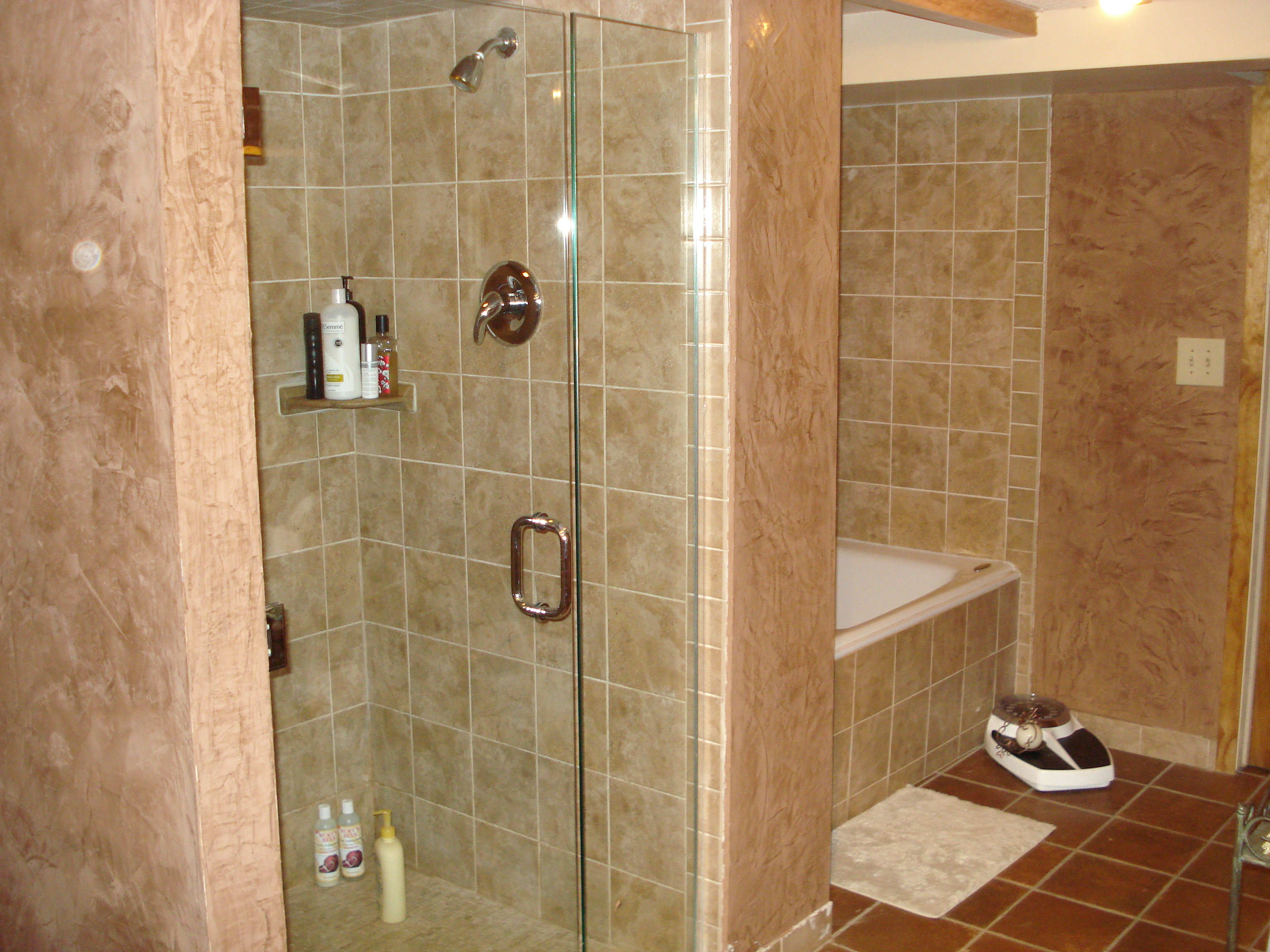 Venetian plaster finish in bathroom for Finished bathroom ideas